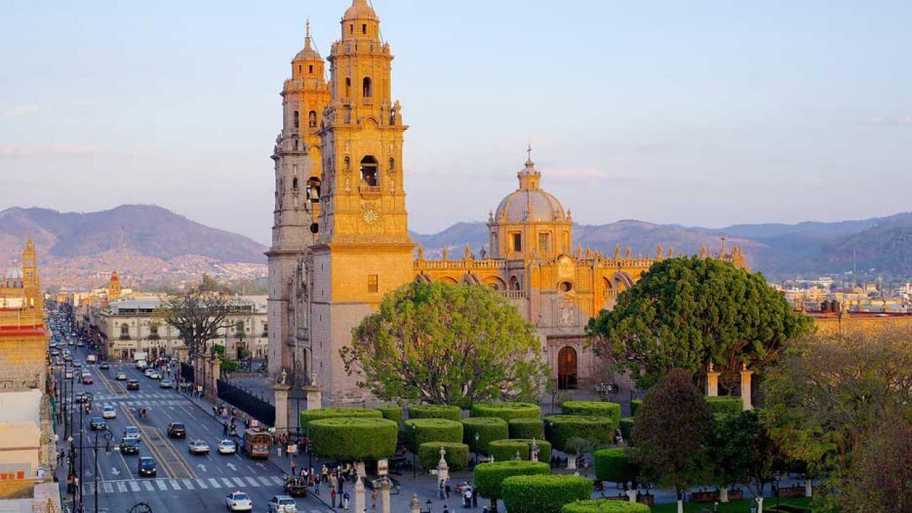 Universidades y carreras en Michoacan